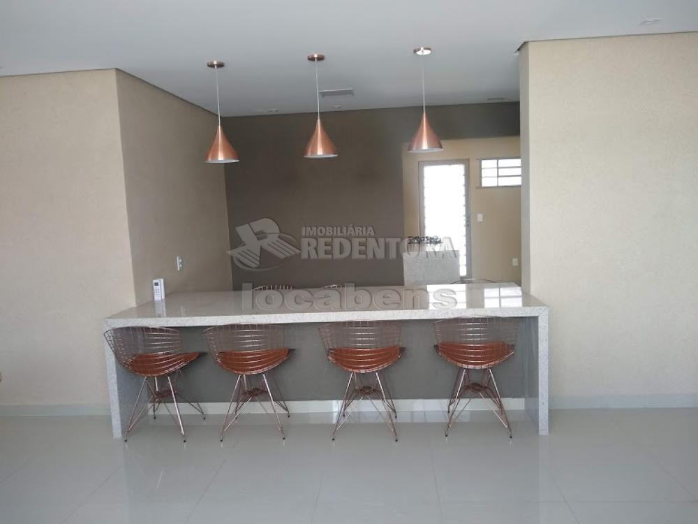 Sao Jose do Rio Preto Apartamento Venda R$480.000,00 Condominio R$600,00 3 Dormitorios 2 Vagas Area construida 183.35m2
