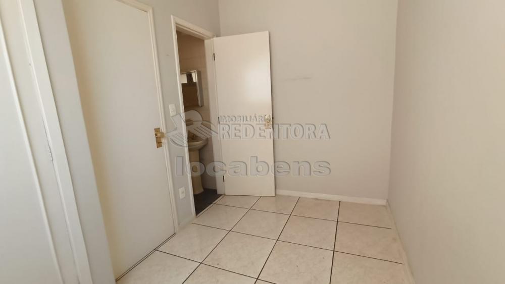 Alugar Apartamento / Padrão em São José do Rio Preto R$ 1.100,00 - Foto 9