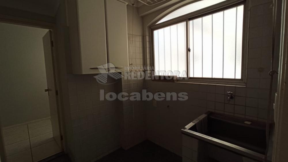Alugar Apartamento / Padrão em São José do Rio Preto R$ 1.100,00 - Foto 11