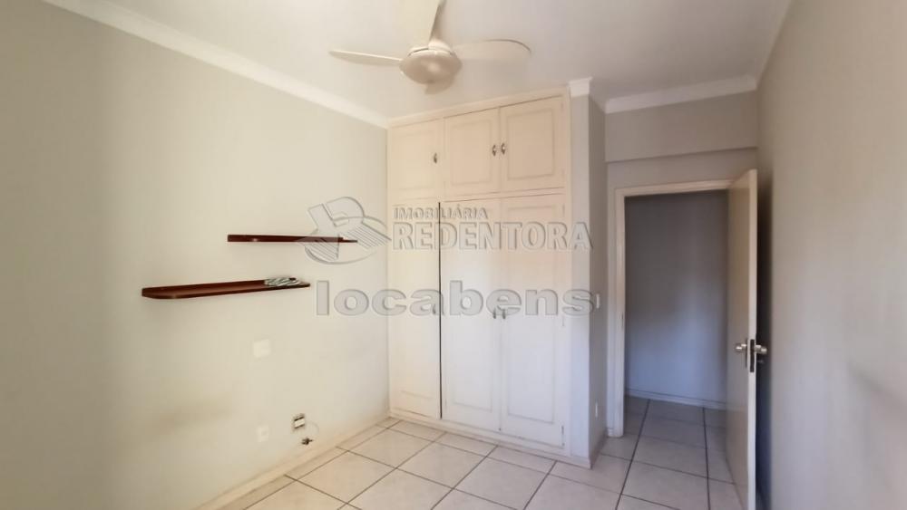 Alugar Apartamento / Padrão em São José do Rio Preto R$ 1.100,00 - Foto 10