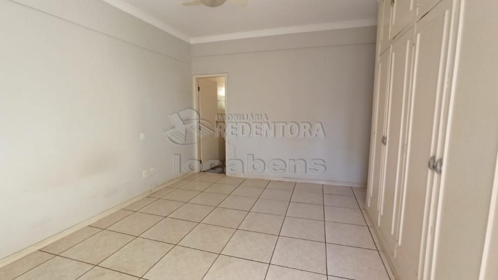 Alugar Apartamento / Padrão em São José do Rio Preto R$ 1.100,00 - Foto 12