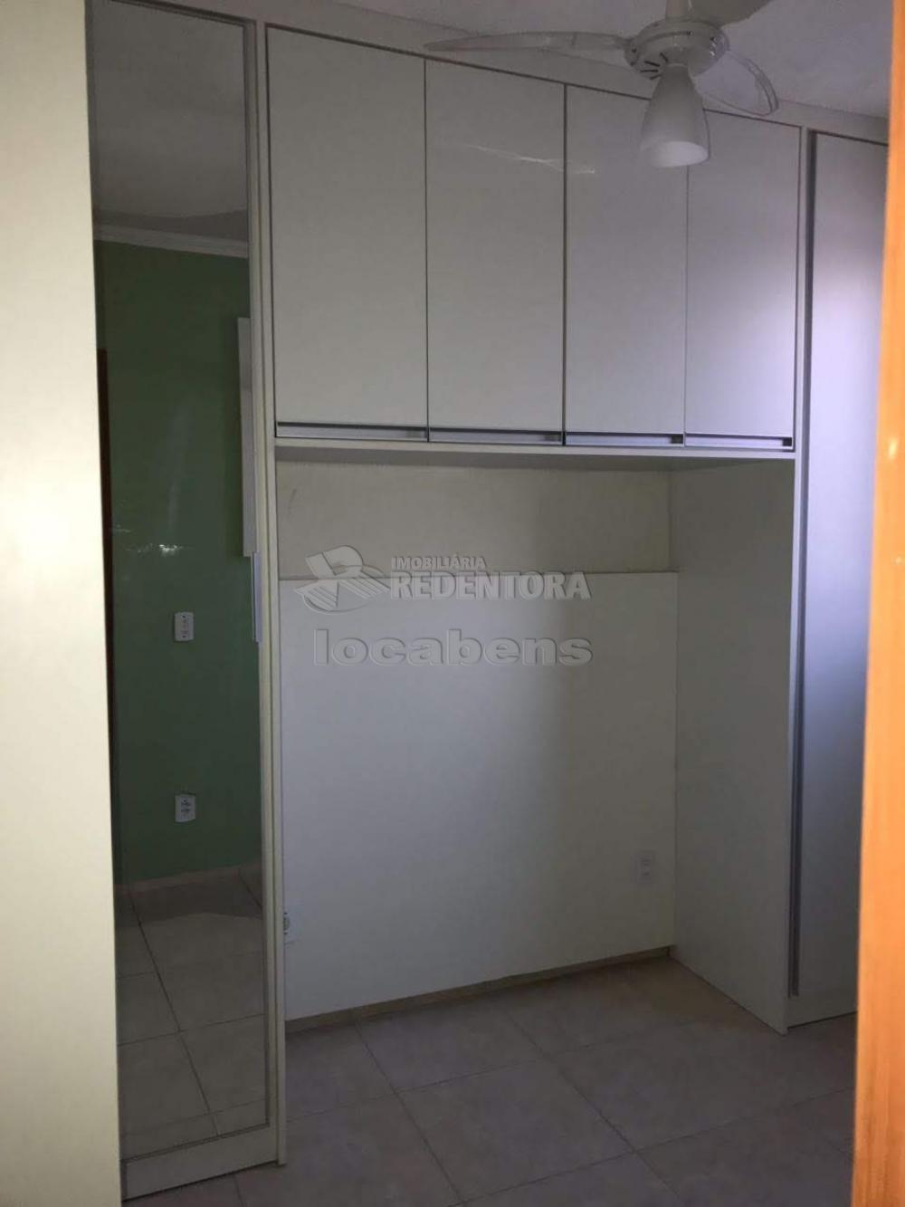 Comprar Apartamento / Padrão em São José do Rio Preto R$ 155.000,00 - Foto 14