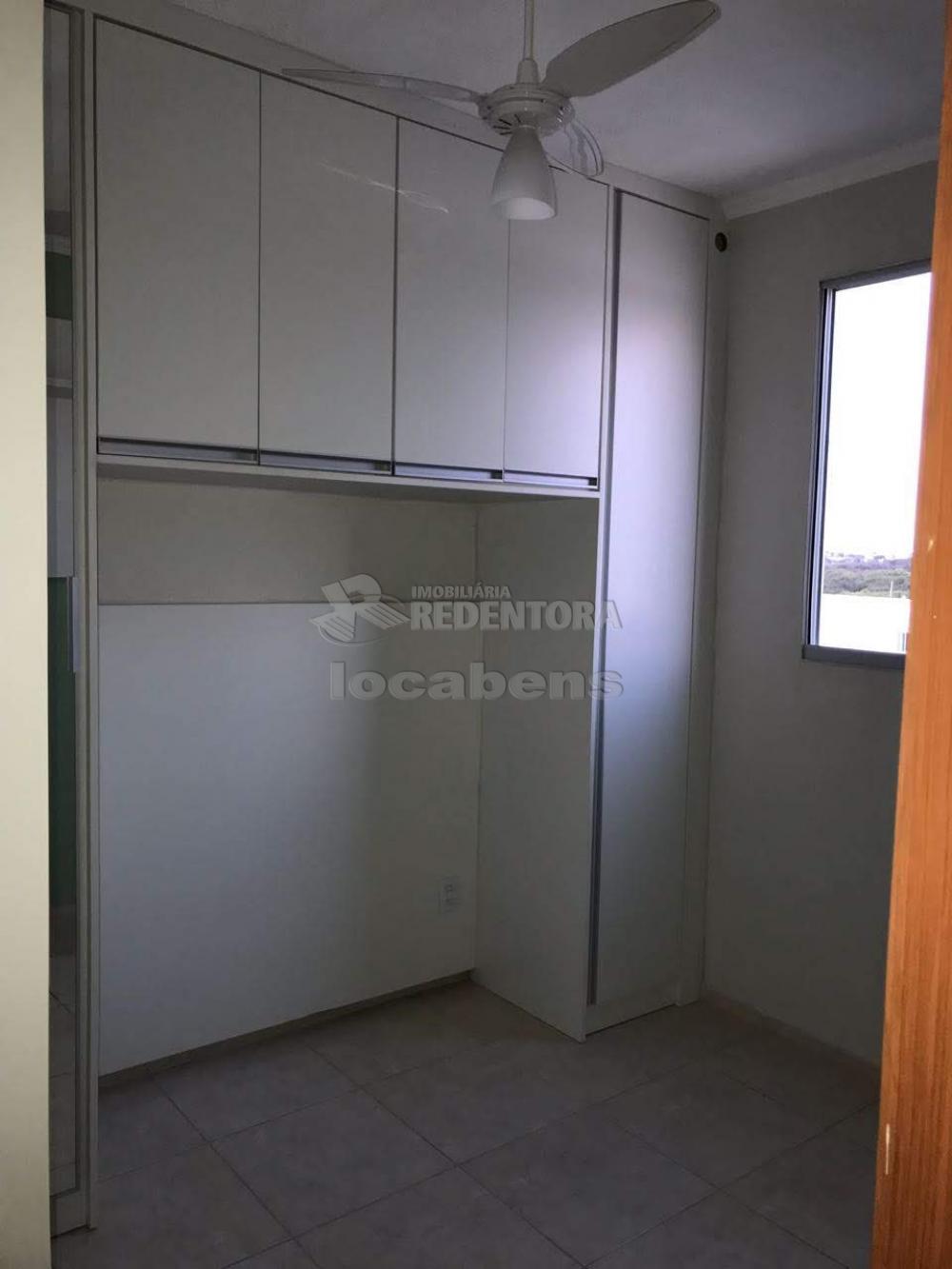 Comprar Apartamento / Padrão em São José do Rio Preto R$ 155.000,00 - Foto 15