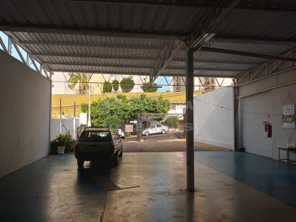 Alugar Comercial / Salão em São José do Rio Preto R$ 2.800,00 - Foto 4