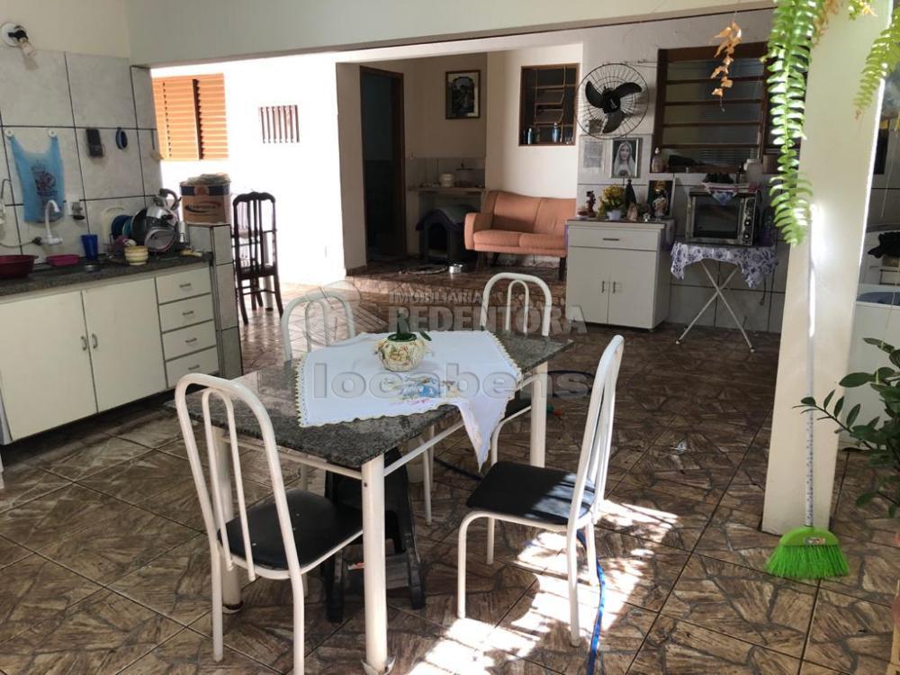 Alugar Casa / Padrão em São José do Rio Preto R$ 1.700,00 - Foto 16