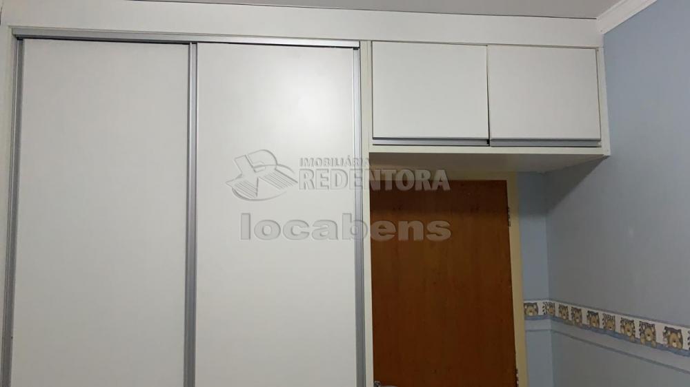 Comprar Apartamento / Padrão em São José do Rio Preto R$ 160.000,00 - Foto 3