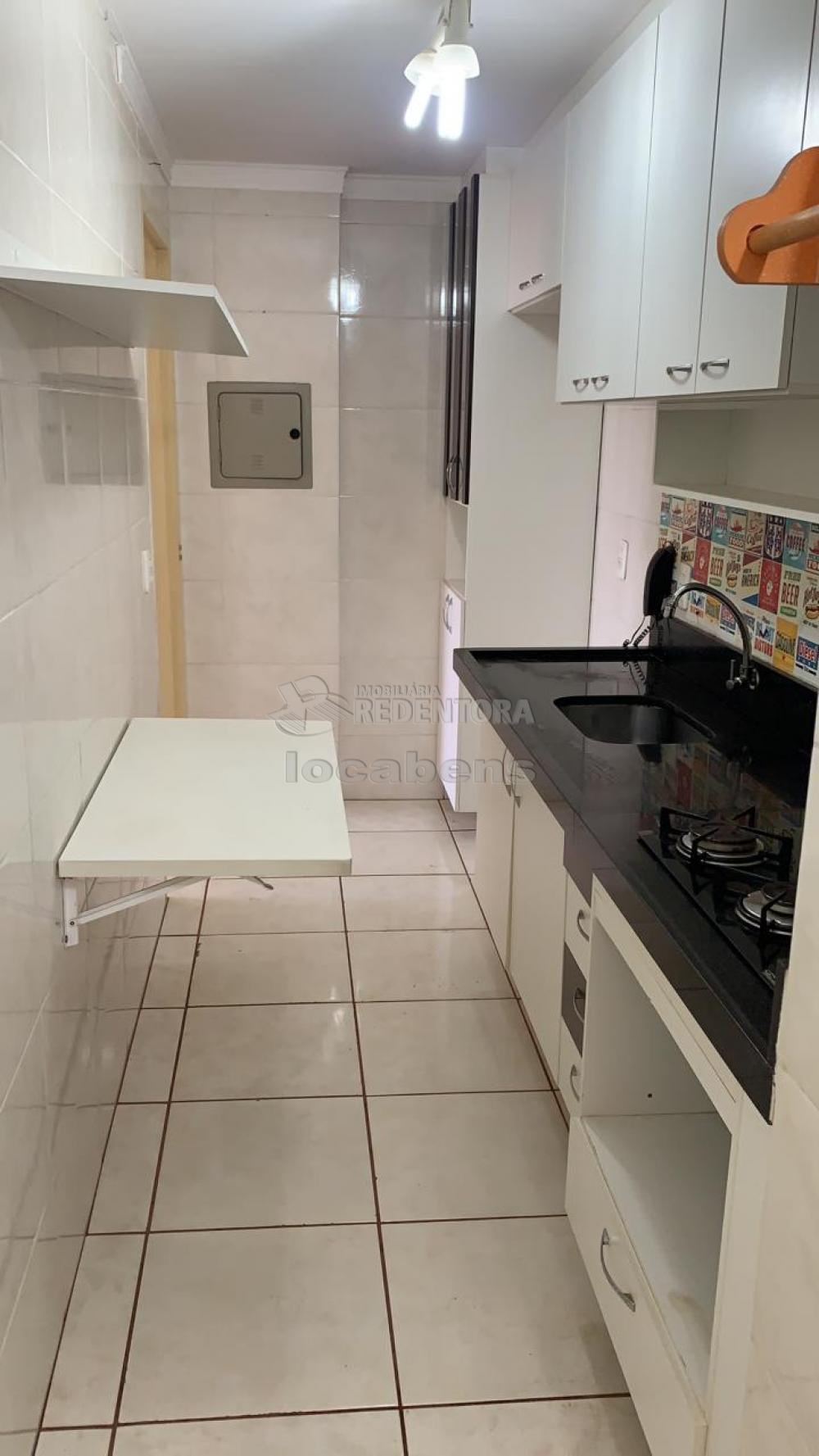 Comprar Apartamento / Padrão em São José do Rio Preto R$ 160.000,00 - Foto 13