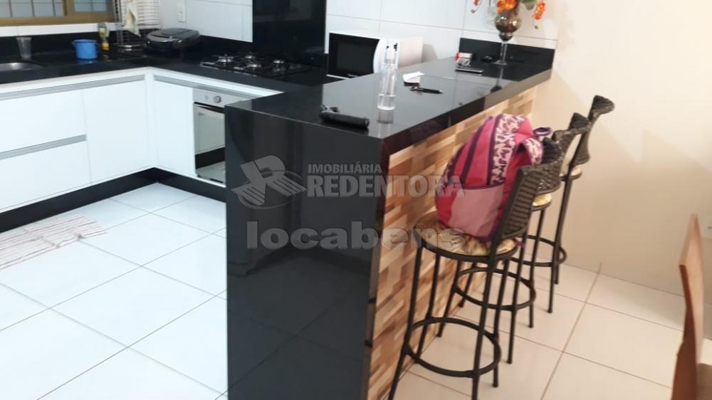 Comprar Casa / Padrão em São José do Rio Preto R$ 370.000,00 - Foto 3