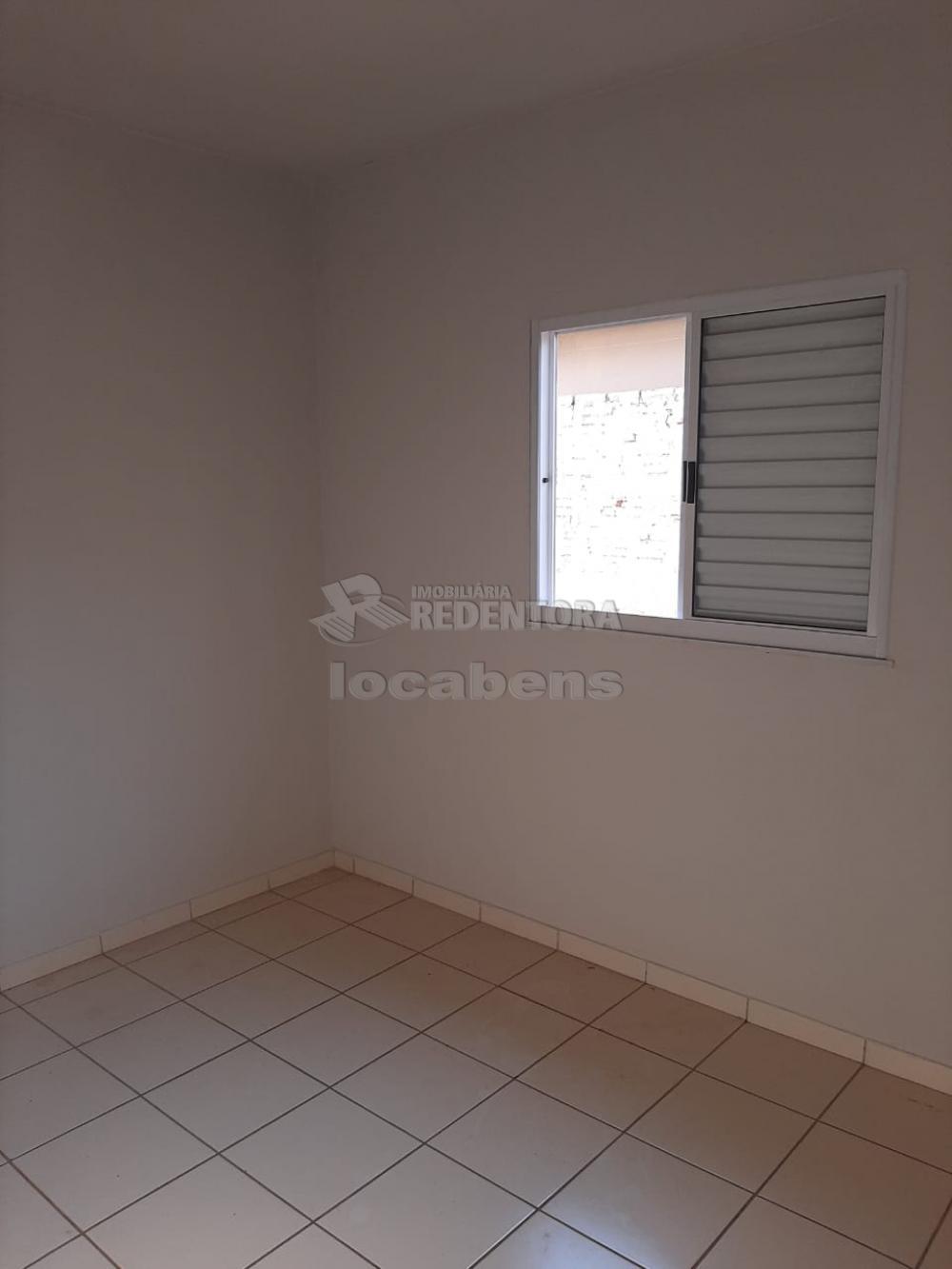 Alugar Casa / Padrão em São José do Rio Preto apenas R$ 650,00 - Foto 2