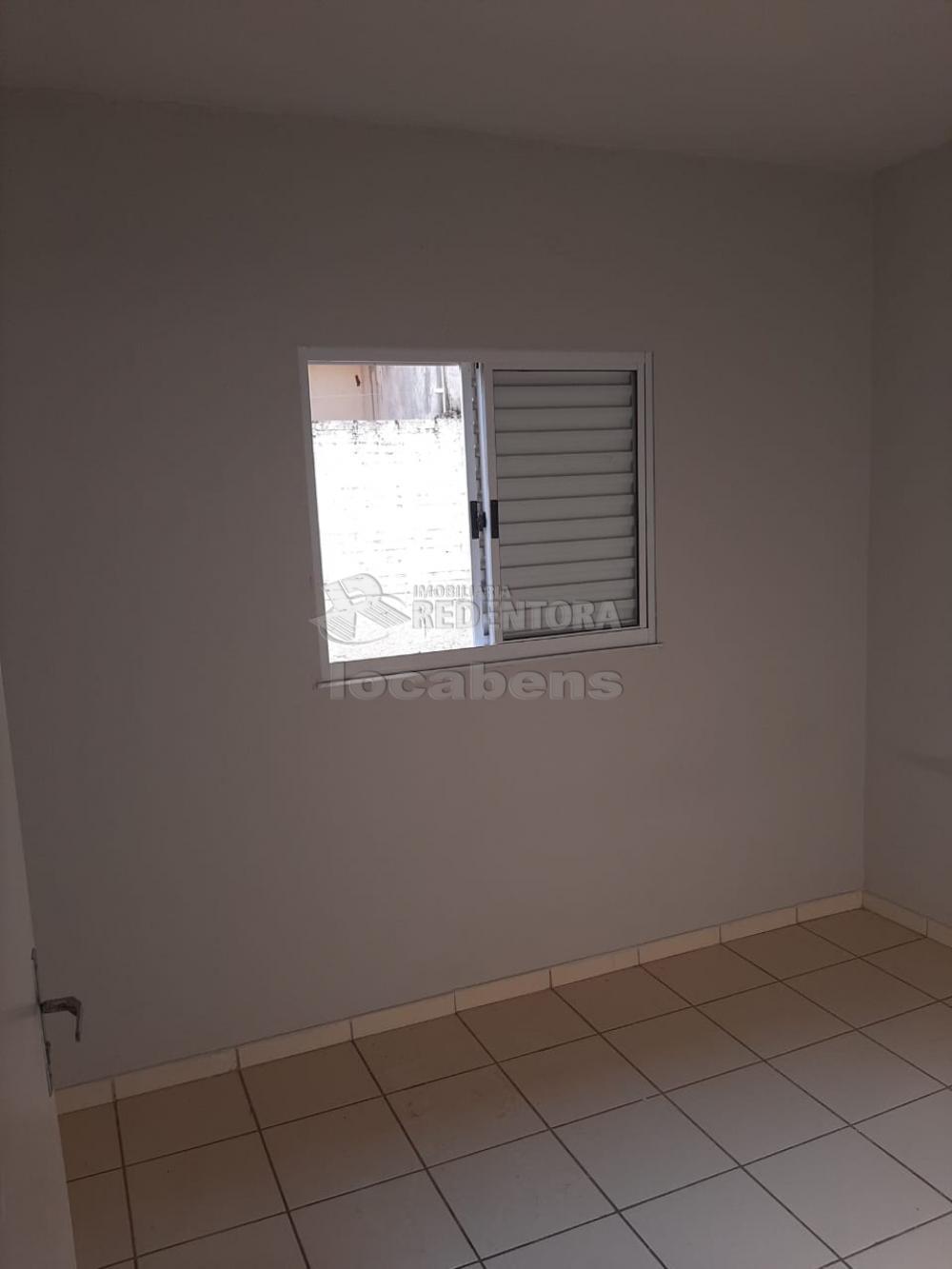 Alugar Casa / Padrão em São José do Rio Preto apenas R$ 650,00 - Foto 3