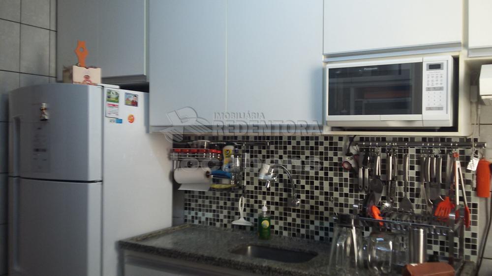 Comprar Apartamento / Padrão em São José do Rio Preto R$ 218.000,00 - Foto 9