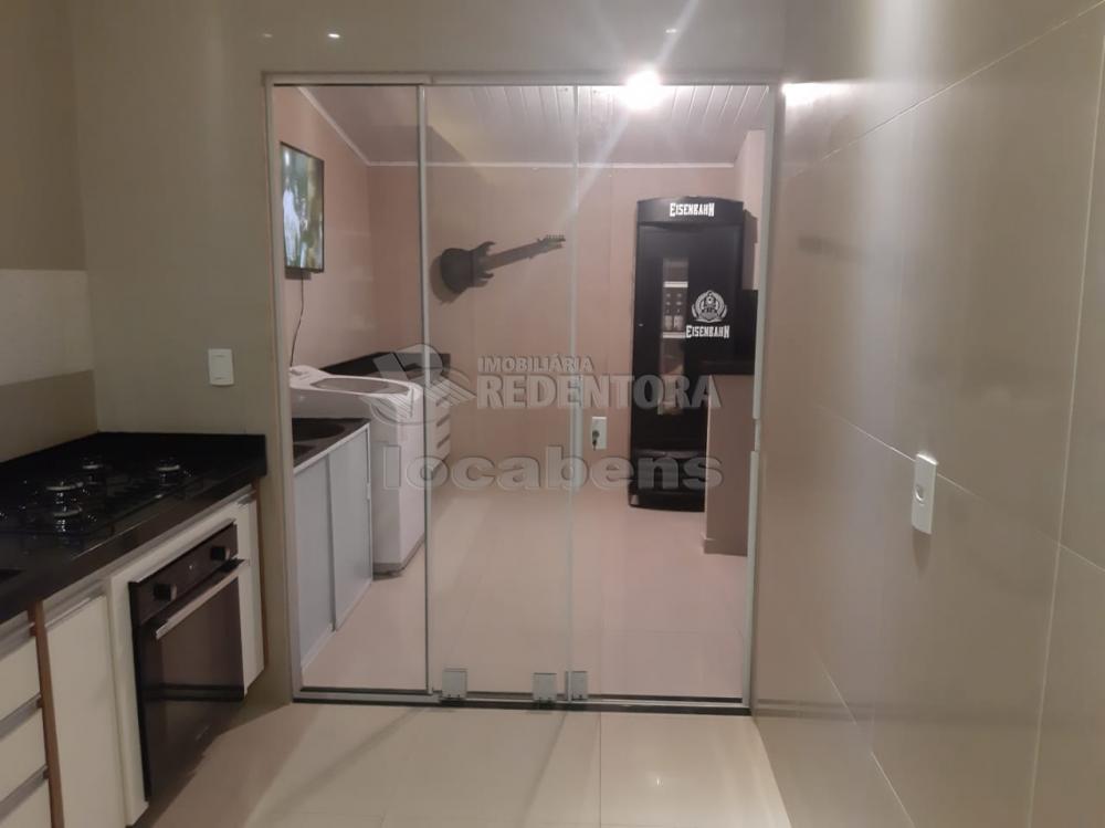 Comprar Casa / Padrão em São José do Rio Preto R$ 340.000,00 - Foto 2