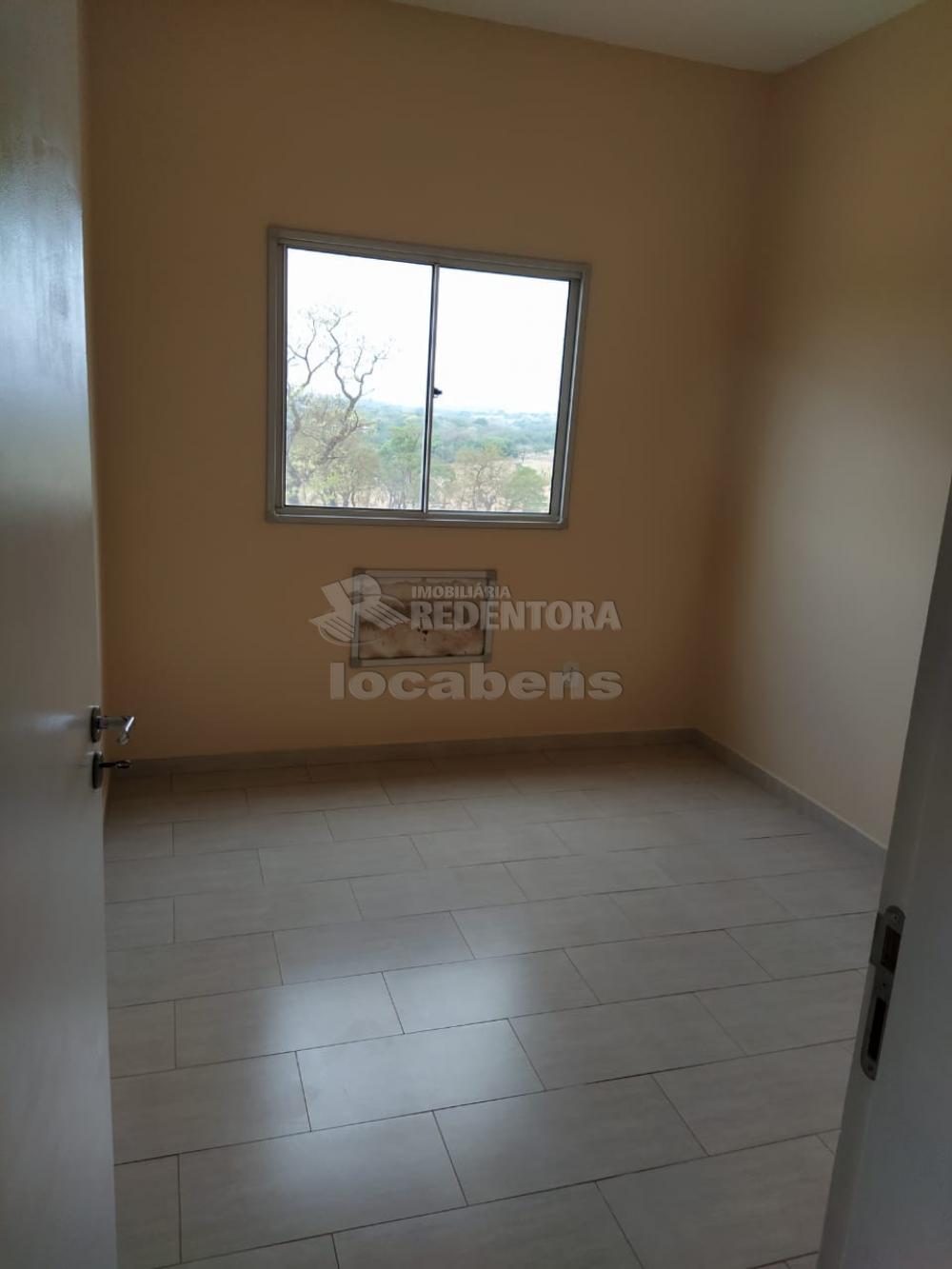Comprar Apartamento / Padrão em São José do Rio Preto apenas R$ 155.000,00 - Foto 4