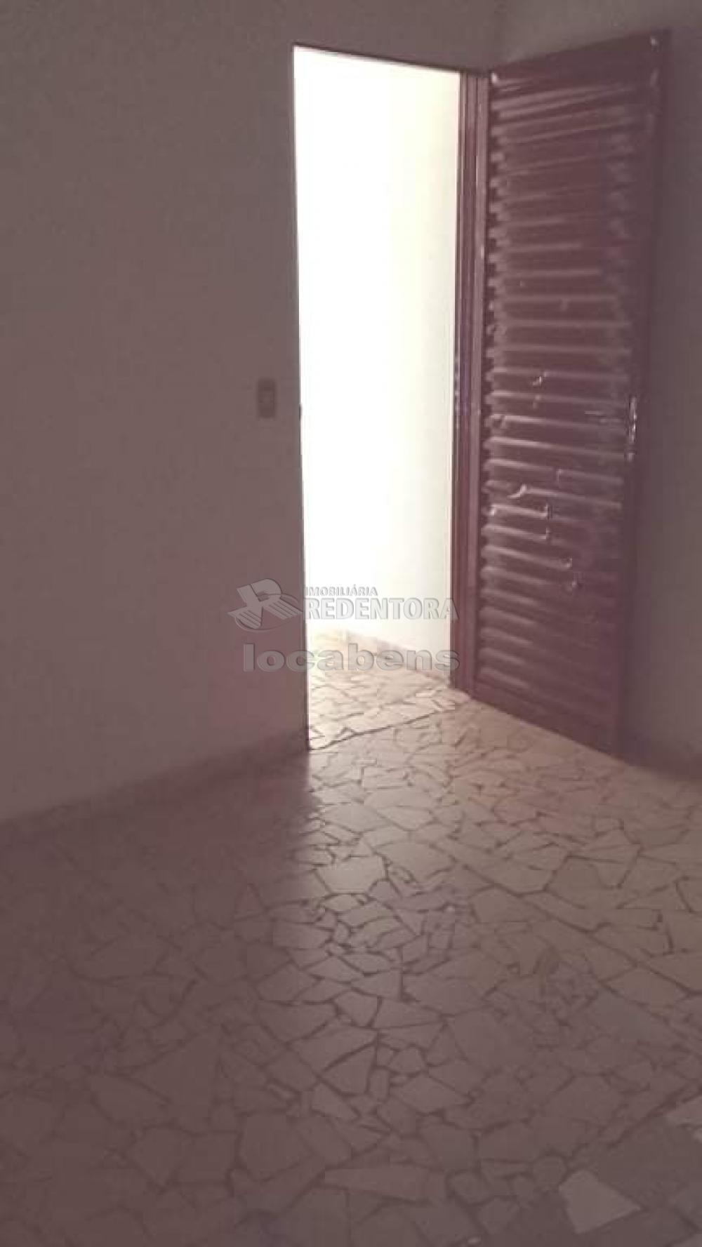 Comprar Casa / Padrão em São José do Rio Preto R$ 165.000,00 - Foto 8