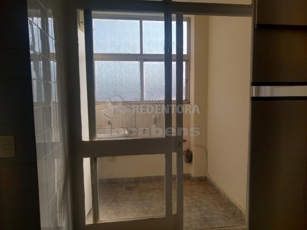 Comprar Apartamento / Padrão em São José do Rio Preto R$ 170.000,00 - Foto 2