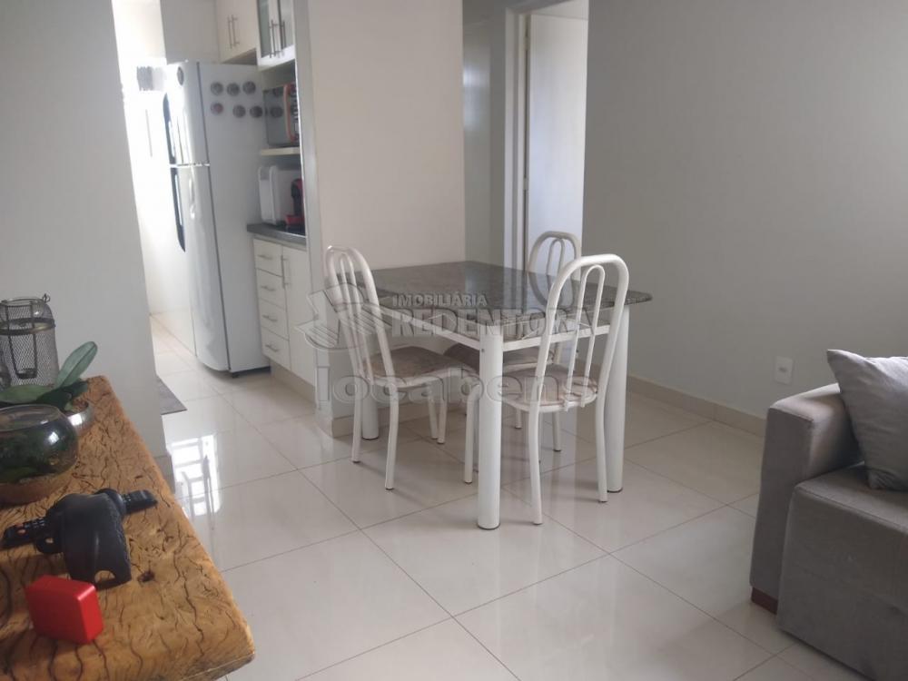 Comprar Apartamento / Padrão em São José do Rio Preto R$ 165.000,00 - Foto 17