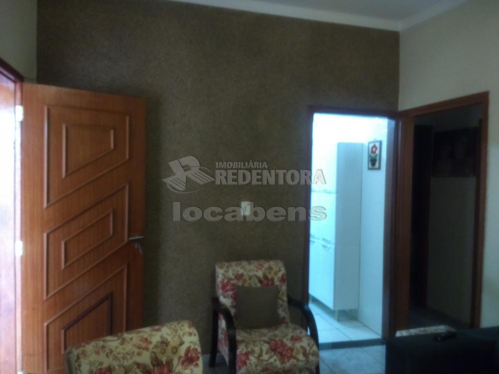 Comprar Casa / Padrão em São José do Rio Preto R$ 230.000,00 - Foto 1