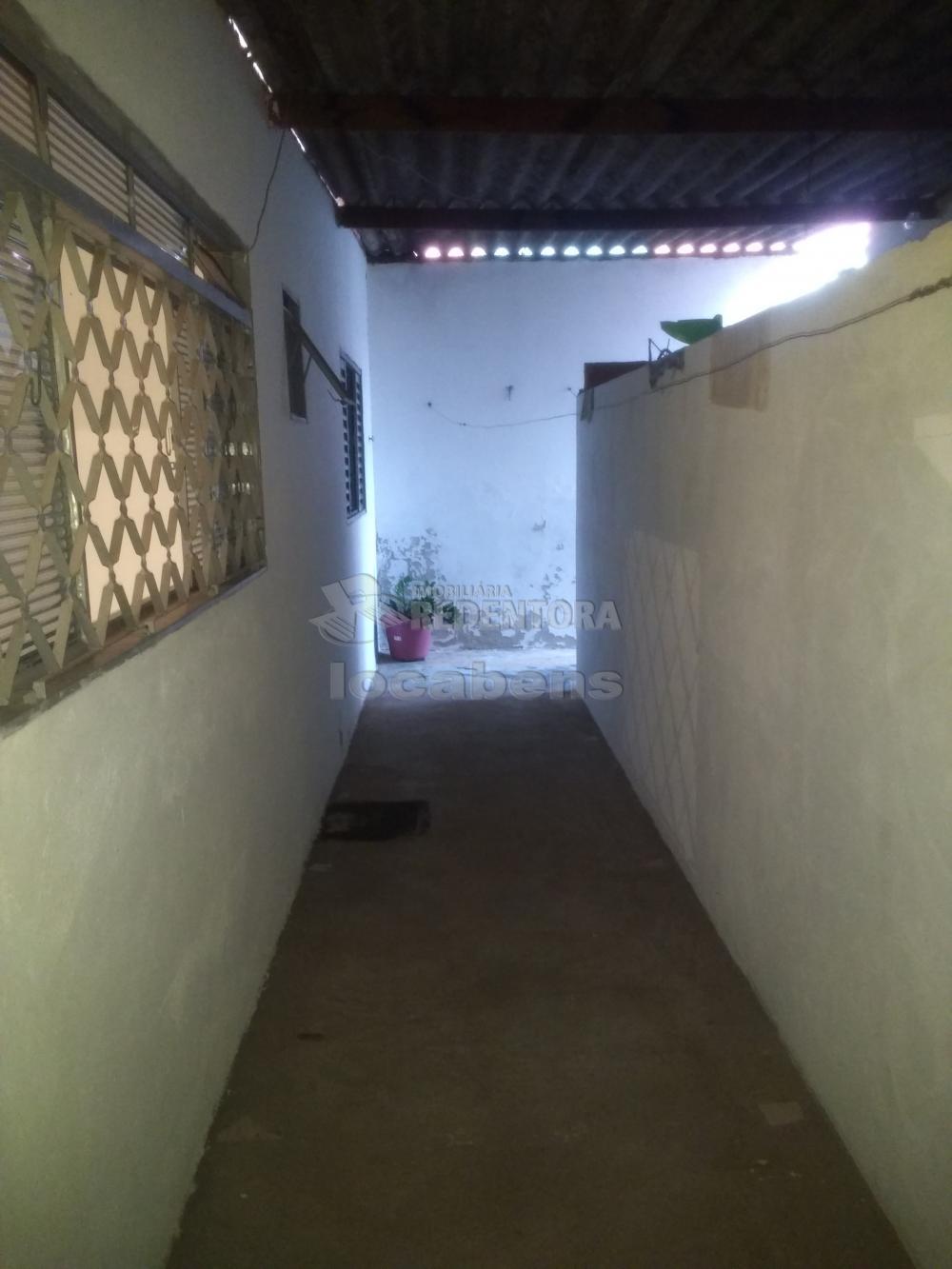 Comprar Casa / Padrão em São José do Rio Preto R$ 230.000,00 - Foto 17