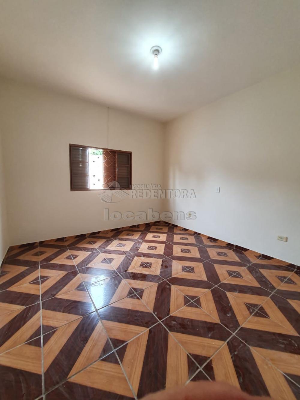 Comprar Casa / Padrão em São José do Rio Preto R$ 200.000,00 - Foto 17
