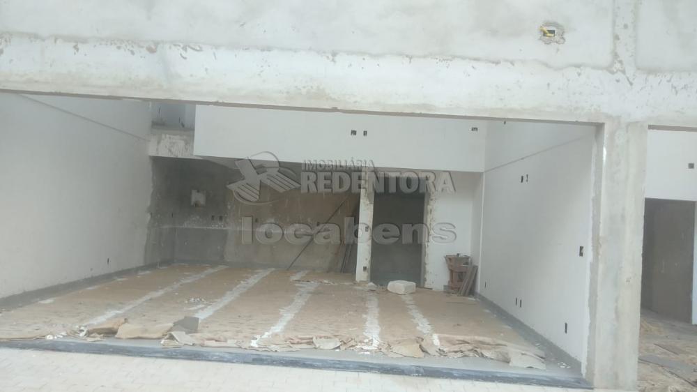 Alugar Comercial / Salão em São José do Rio Preto R$ 2.500,00 - Foto 6