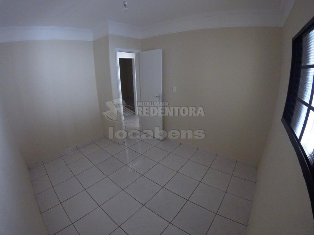 Alugar Casa / Padrão em São José do Rio Preto R$ 900,00 - Foto 19