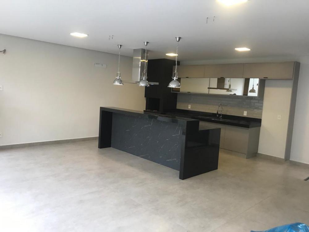 SAO JOSE DO RIO PRETO Casa Venda R$840.000,00 Condominio R$940,00 4 Dormitorios 3 Suites Area do terreno 190.00m2 Area construida 190.00m2