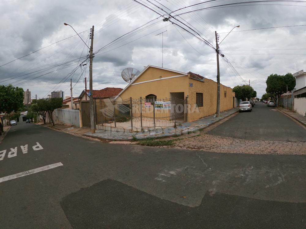 SAO JOSE DO RIO PRETO Casa Locacao R$ 800,00 3 Dormitorios 2 Vagas Area do terreno 200.00m2 Area construida 180.00m2