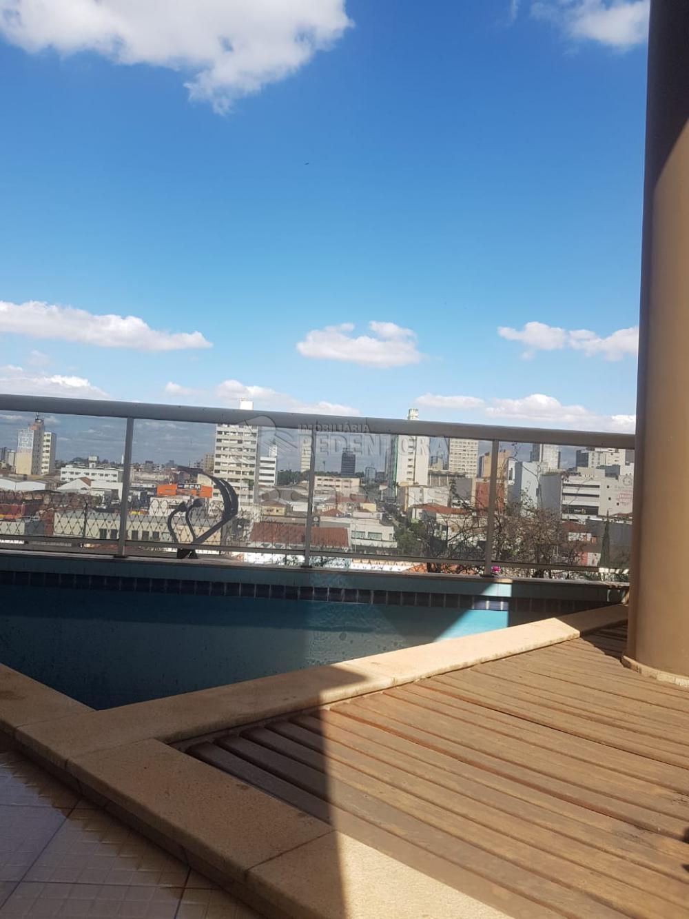 SAO JOSE DO RIO PRETO Apartamento Locacao R$ 2.900,00 Condominio R$1.100,00 4 Dormitorios 2 Suites Area construida 330.00m2