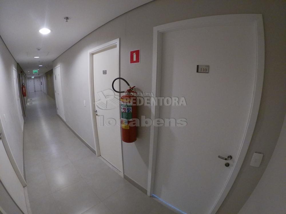 Alugar Comercial / Sala em São José do Rio Preto R$ 3.500,00 - Foto 9