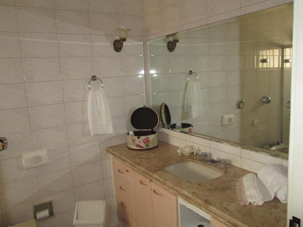 Comprar Casa / Padrão em São José do Rio Preto R$ 680.000,00 - Foto 17
