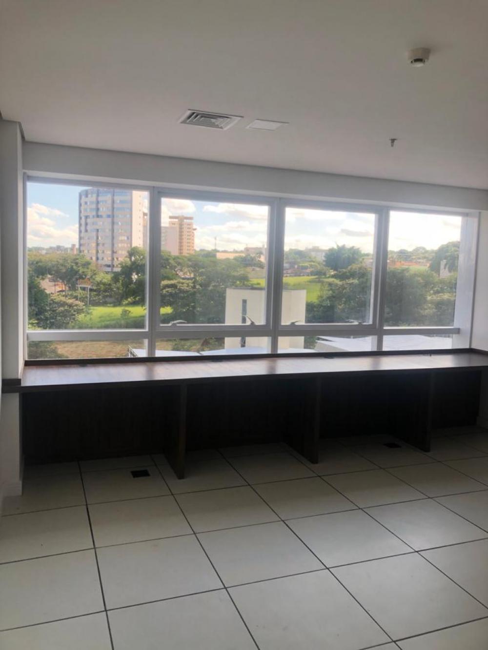 Alugar Comercial / Sala em SAO JOSE DO RIO PRETO apenas R$ 1.700,00 - Foto 2