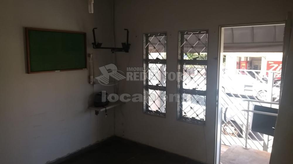 Alugar Comercial / Casa Comercial em São José do Rio Preto R$ 1.300,00 - Foto 2