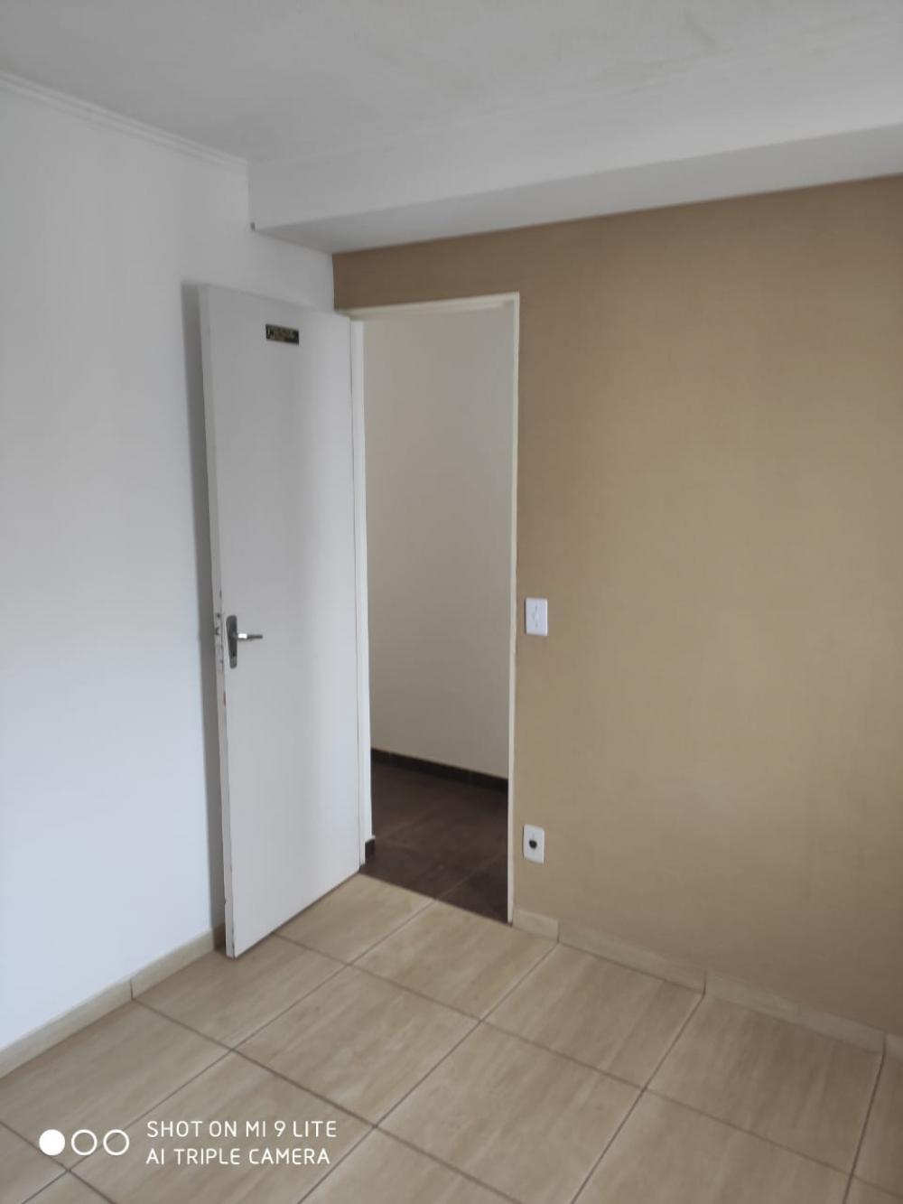 Comprar Apartamento / Padrão em São José do Rio Preto apenas R$ 120.000,00 - Foto 2