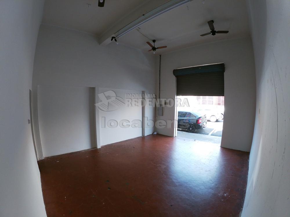 Alugar Comercial / Salão em São José do Rio Preto R$ 1.500,00 - Foto 8