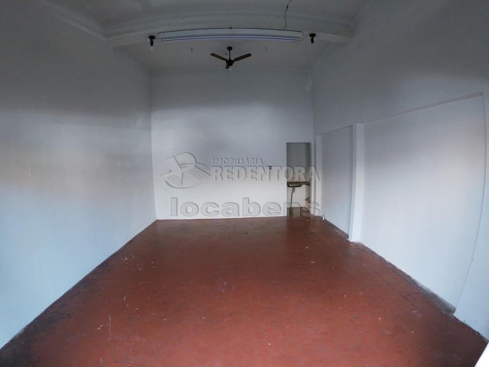 Alugar Comercial / Salão em São José do Rio Preto R$ 1.500,00 - Foto 1