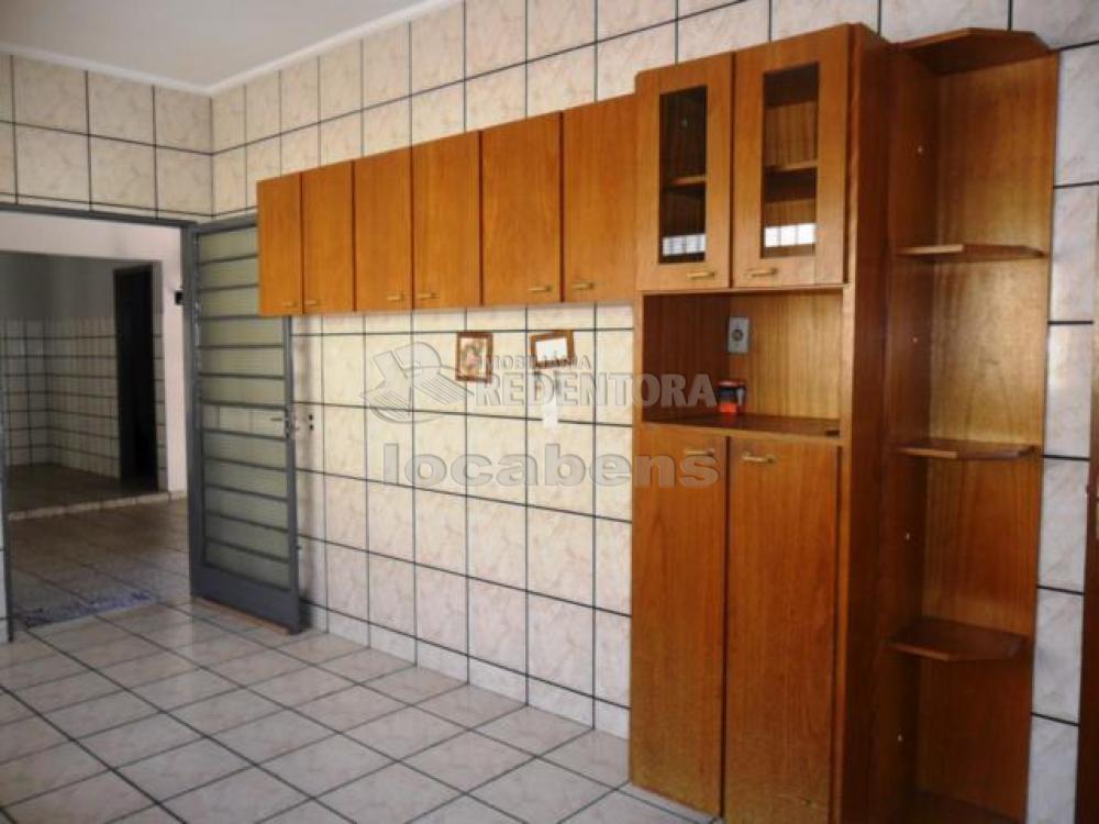 Alugar Casa / Padrão em São José do Rio Preto R$ 1.300,00 - Foto 7