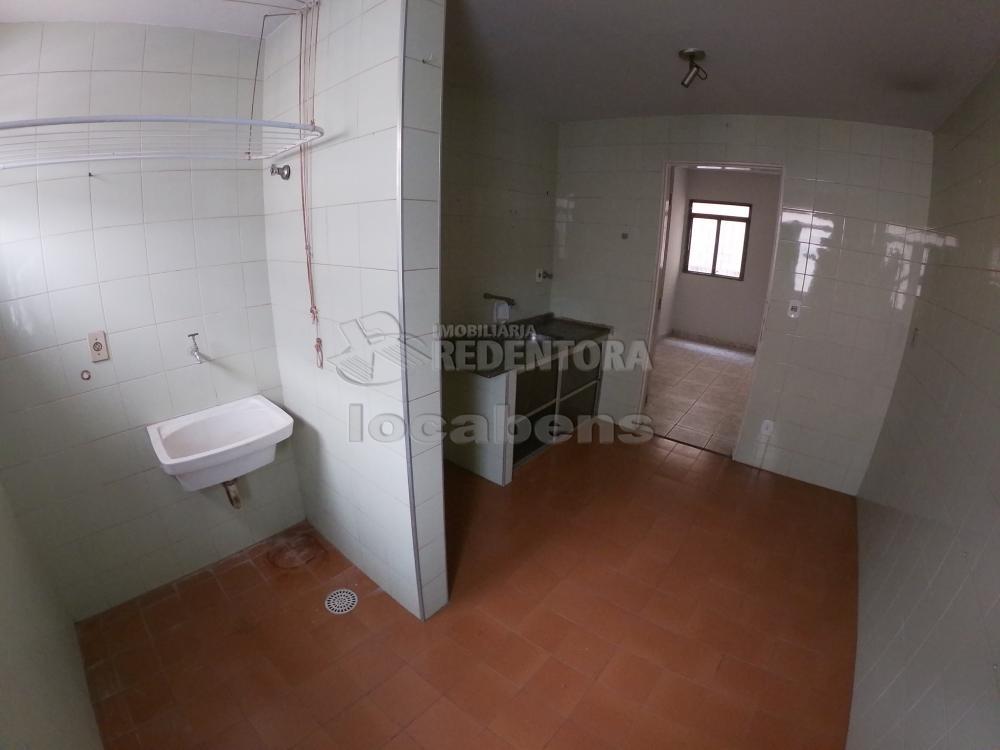 Alugar Apartamento / Padrão em São José do Rio Preto apenas R$ 450,00 - Foto 3
