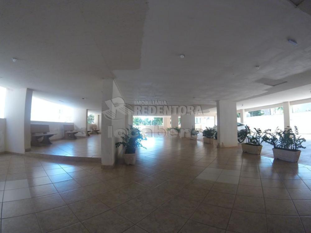 Comprar Apartamento / Padrão em São José do Rio Preto apenas R$ 220.000,00 - Foto 1