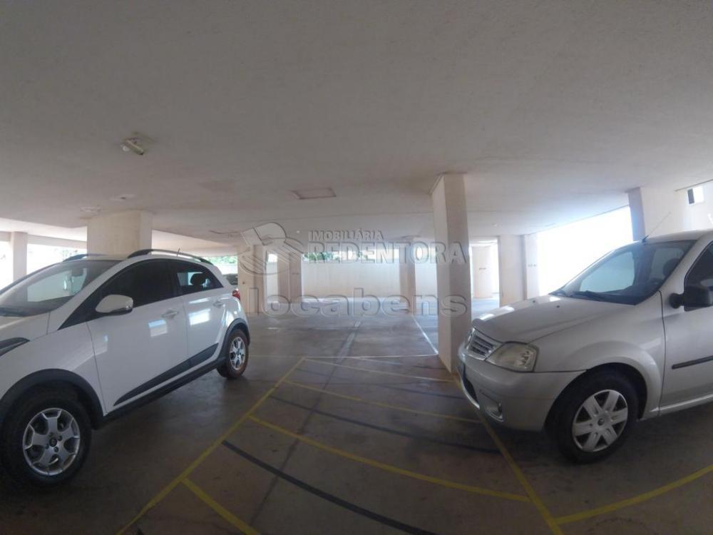Comprar Apartamento / Padrão em São José do Rio Preto apenas R$ 220.000,00 - Foto 2