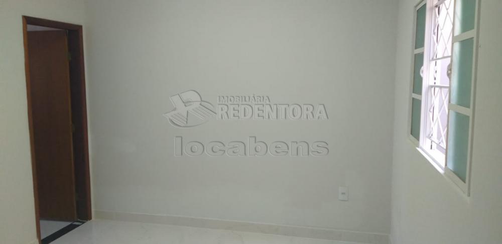 Comprar Casa / Padrão em São José do Rio Preto R$ 290.000,00 - Foto 5