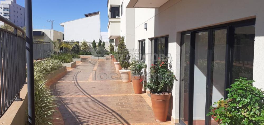 Alugar Apartamento / Padrão em São José do Rio Preto apenas R$ 2.300,00 - Foto 3