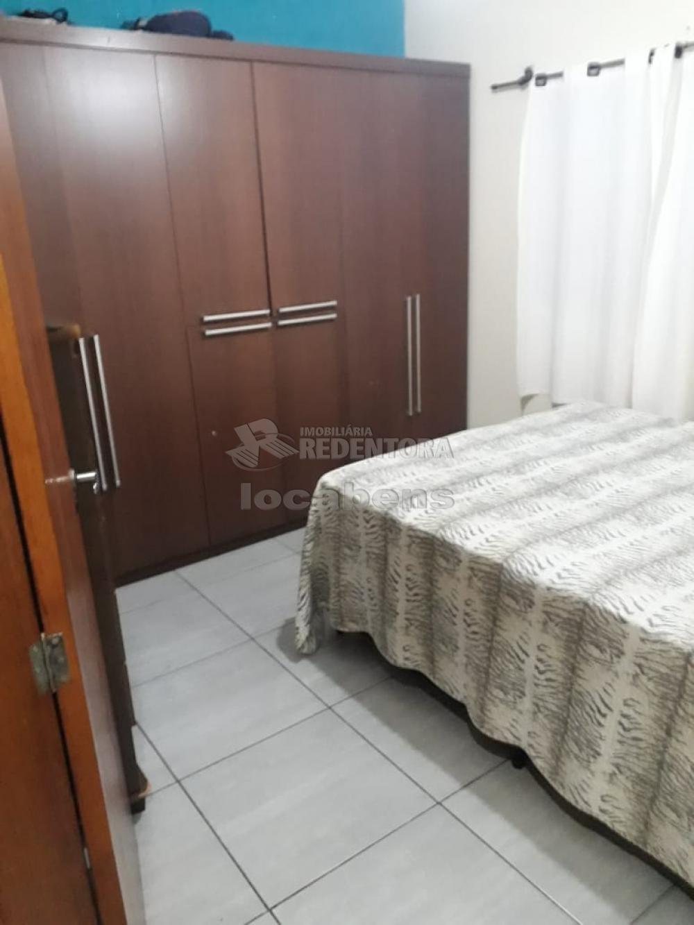 Comprar Casa / Padrão em São José do Rio Preto R$ 330.000,00 - Foto 3