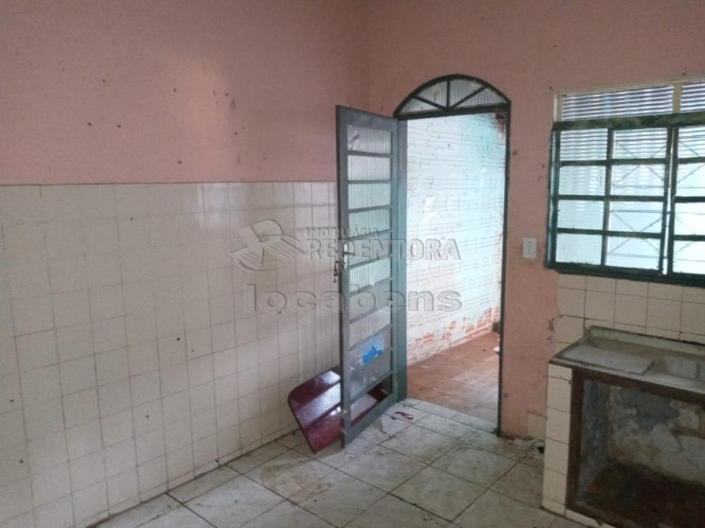 Comprar Casa / Padrão em São José do Rio Preto R$ 130.000,00 - Foto 1