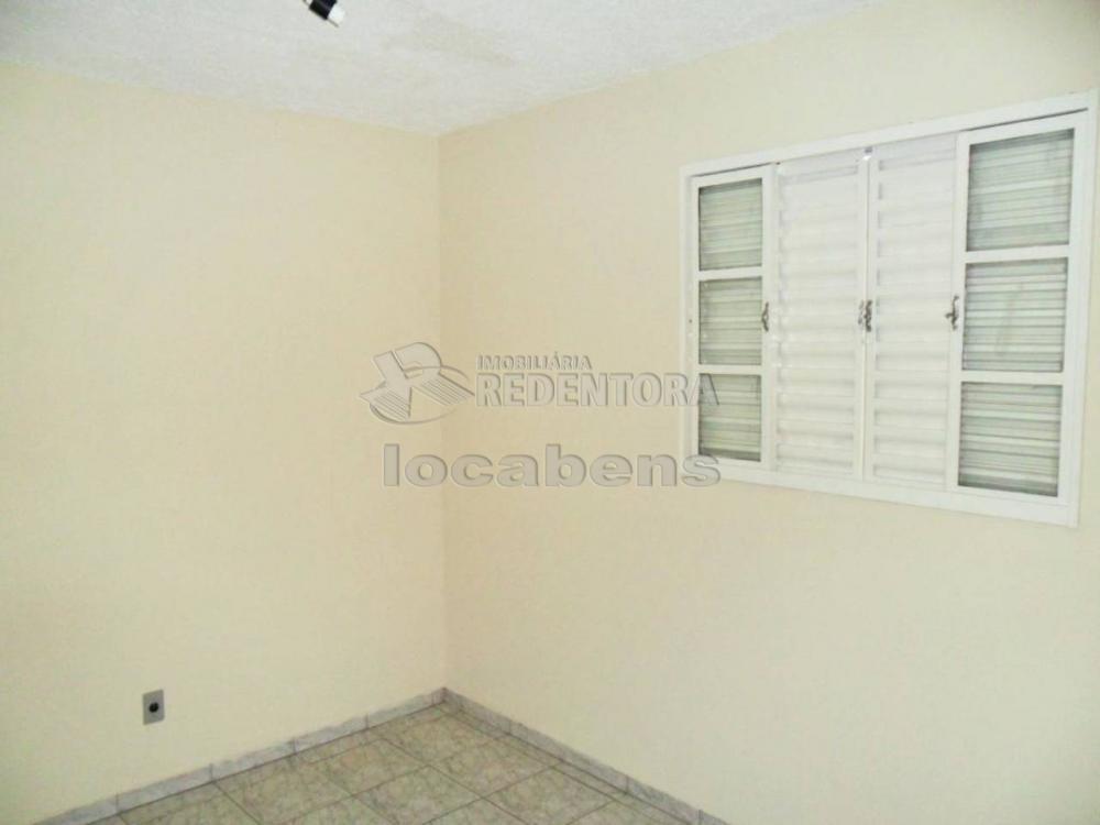 Comprar Apartamento / Padrão em São José do Rio Preto apenas R$ 127.000,00 - Foto 1