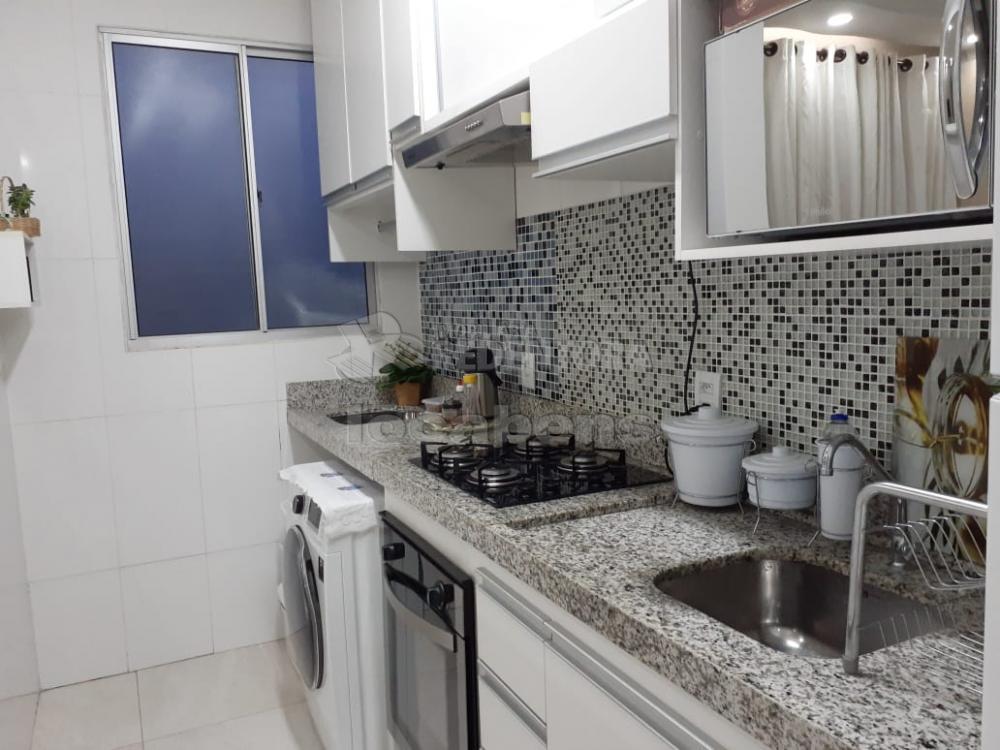 Comprar Apartamento / Padrão em São José do Rio Preto apenas R$ 195.000,00 - Foto 2