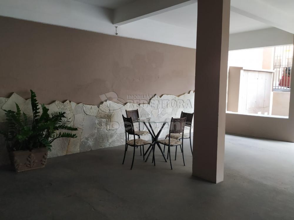Comprar Apartamento / Padrão em São José do Rio Preto apenas R$ 320.000,00 - Foto 1