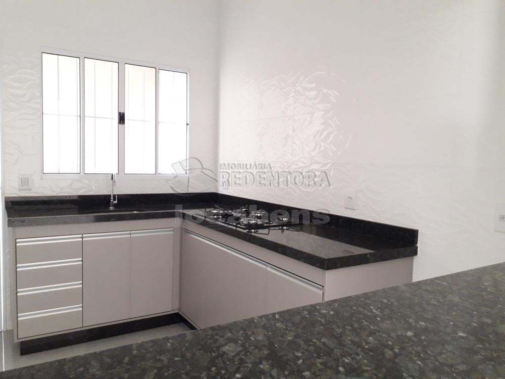 Comprar Casa / Padrão em São José do Rio Preto apenas R$ 430.000,00 - Foto 4