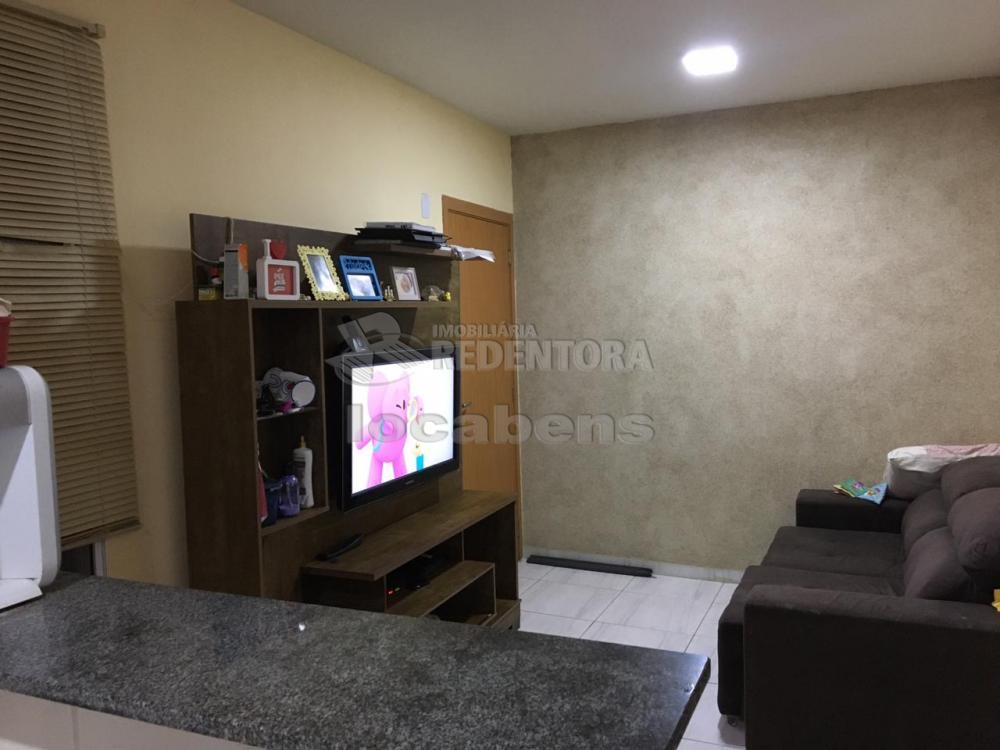 Comprar Apartamento / Padrão em São José do Rio Preto apenas R$ 137.000,00 - Foto 1