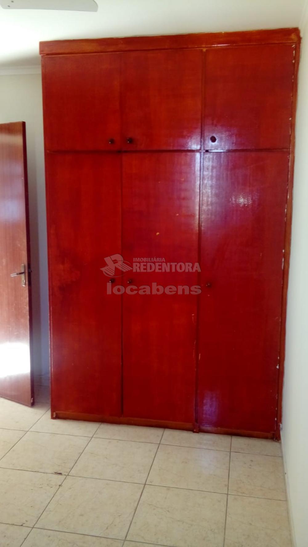 Comprar Apartamento / Padrão em São José do Rio Preto R$ 145.000,00 - Foto 4