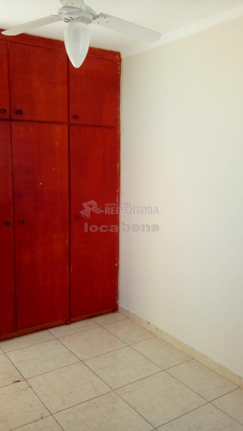 Comprar Apartamento / Padrão em São José do Rio Preto R$ 145.000,00 - Foto 5